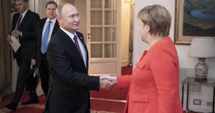 Решили судьбу Азовского моря? Сообщили подробности встречи Путина и Меркель