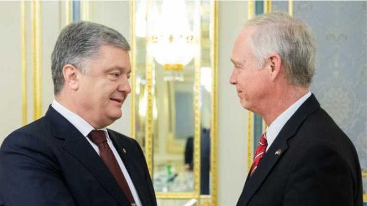 Порошенко встретился с американским сенатором: о чем договаривались