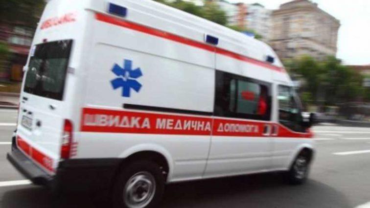 Жуткая ДТП: две машины влетели в дом, много пострадавших