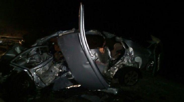 Обломки по всей дороге: известный футболист погиб с семьей в страшной аварии