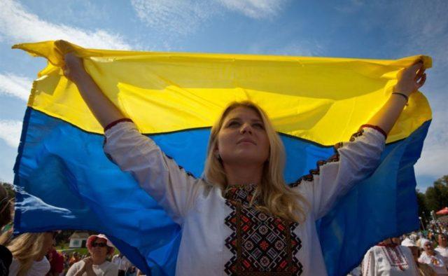 Украинцы узнают страшные тайны: что ждет украинцев в 2019 году, прогнозы известных экстрасенсов
