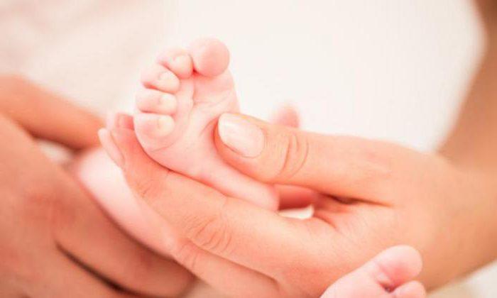 «Врач едва держался на ногах из-за алкоголя»: В Винницкой области из-за халатности врачей умер младенец