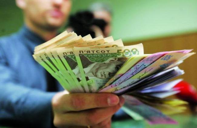 Алименты в Украине: неплательщиков будут трудоустраивать для взыскания долгов