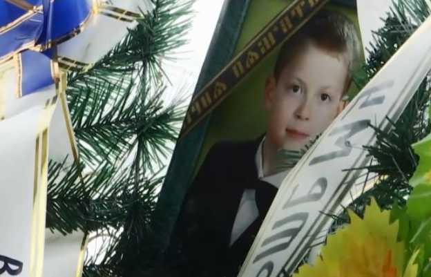Боялся, что его заберут в интернат: В Винницкой области после разговора с соц работником школьник покончил с собой