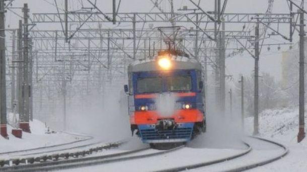 На Закарпатье произошло ужасное ЧП с поездом, люди оказались в ловушке