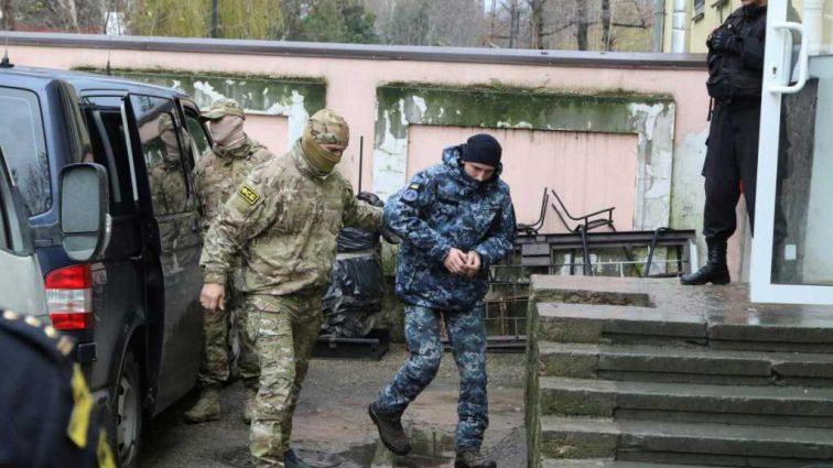 «Не надо никому показывать свою принципиальность»: отец пленного украинского моряка выступил с неожиданным заявлением