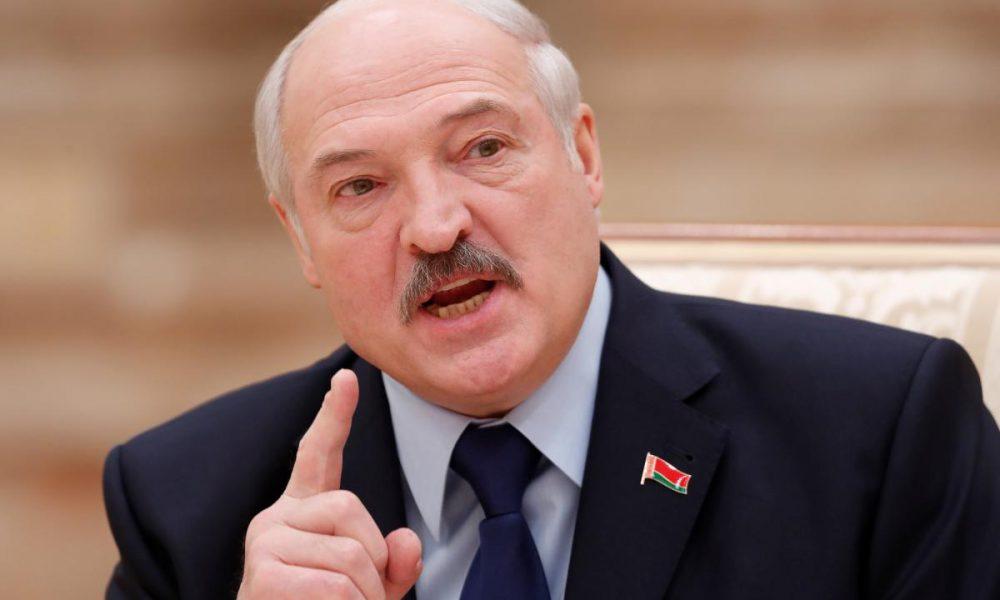 Боится «крымского сценария»: Вот почему Лукашенко не пускает российские войска в Беларусь