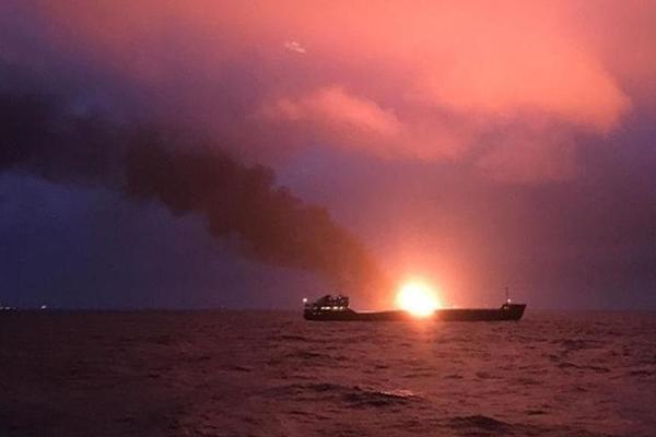 ЧП в Керченском проливе: назвали причину страшного пожара