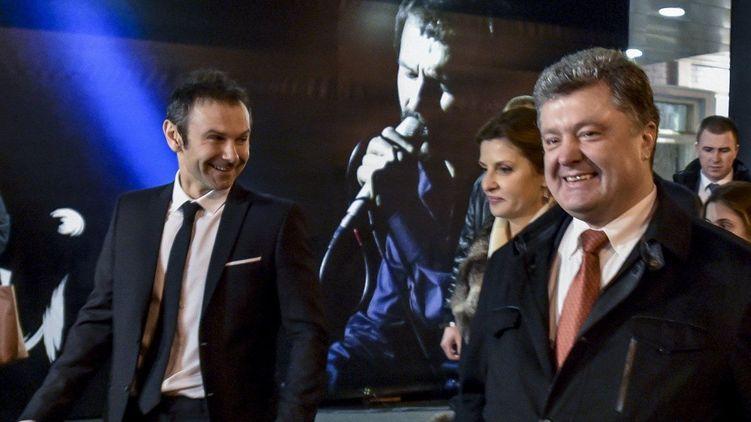 Порошенко пытается склонить Вакарчука к себе! Неожиданная заявление Лещенко