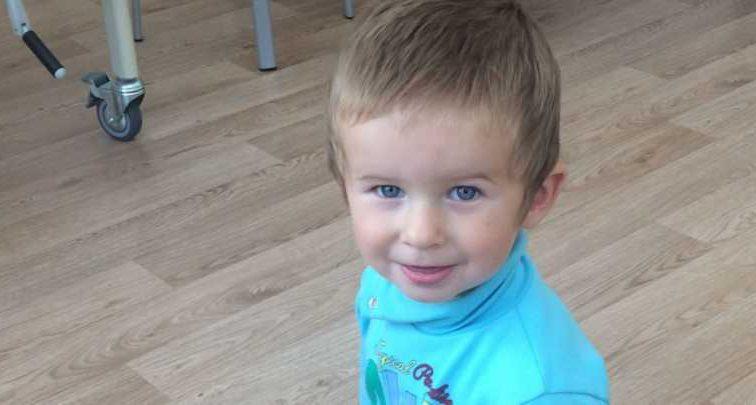 Мальчик перенес уже 6 операций: помогите маленькому Илье преодолеть патологию