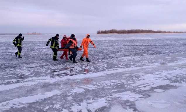 На глазах у прохожих: В Киеве утонул рыбак