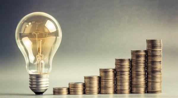 Изменения для украинцев: в 2019 году за свет будем платить по-новому