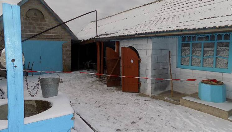 Взял в руку нож и нанес удар: На Черниговщине 31-летний мужчина жестоко убил возлюбленную