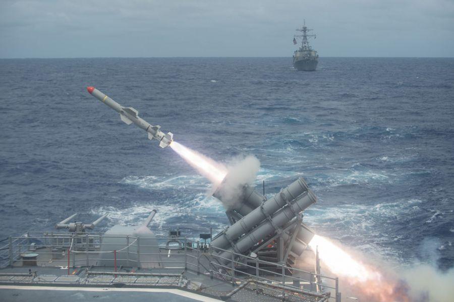 США могут предоставить Украине оружие и ввести новые санкции против РФ: названы сроки