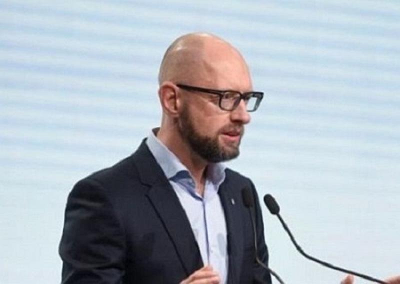 Украина вышла из церковного рабства: Яценюк сделал громкое заявление