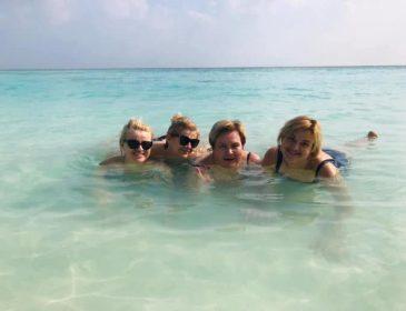 Красиво жить не запретишь: чиновницы Буче с копеечной зарплатой отдыхали на Мальдивах