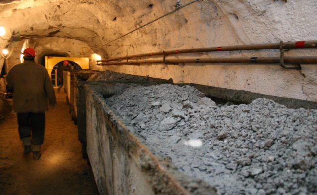 «Люди заживо погребены под землей»: Жуткая ЧП на шахте