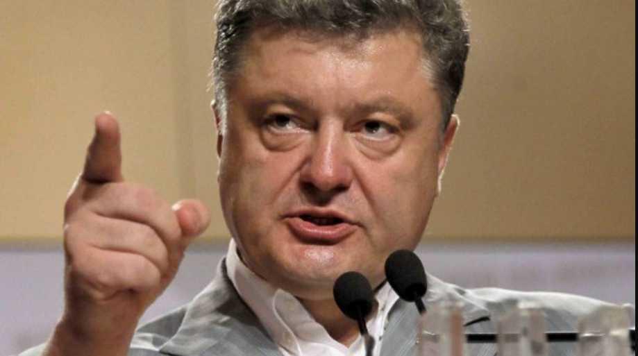 Порошенко назвал главу администрации «предателем» и хочет его уволить: в СМИ всплыла скандальная информация