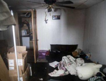 Пряталась под кроватью 12 часов без еды и воды: девочку похитил убийца ее родителей