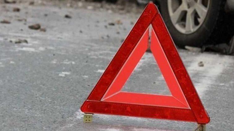 Смертельная авария на украинской трассе: под Киевом погибли три человека