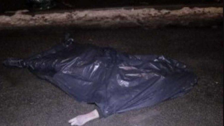 В ночь на Крещение: в Киеве мужчина выпрыгнул с 12 этажа