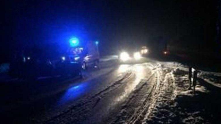 Под Киевом столкнулись легковушка и два грузовика: много погибших и раненых