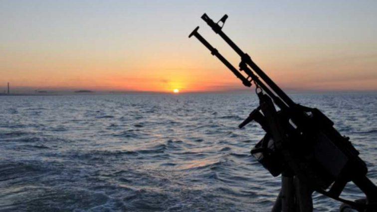 В Азовском море открыли стрельбу за пару часов до Нового года: подробности столкновения