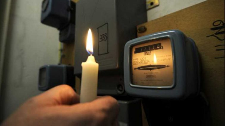 Будут вынуждены выплачивать: украинцы получат компенсацию за некачественное свет