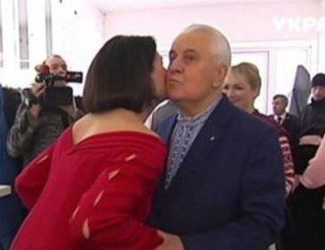 Цветы, книги и одна заветная мечта: Леонид Кравчук отметил юбилей