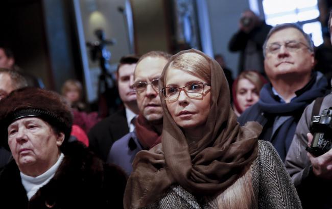 В элитном пальто и окружена охраной: Тимошенко пришла на Рождественскую литургию в Софиевский собор
