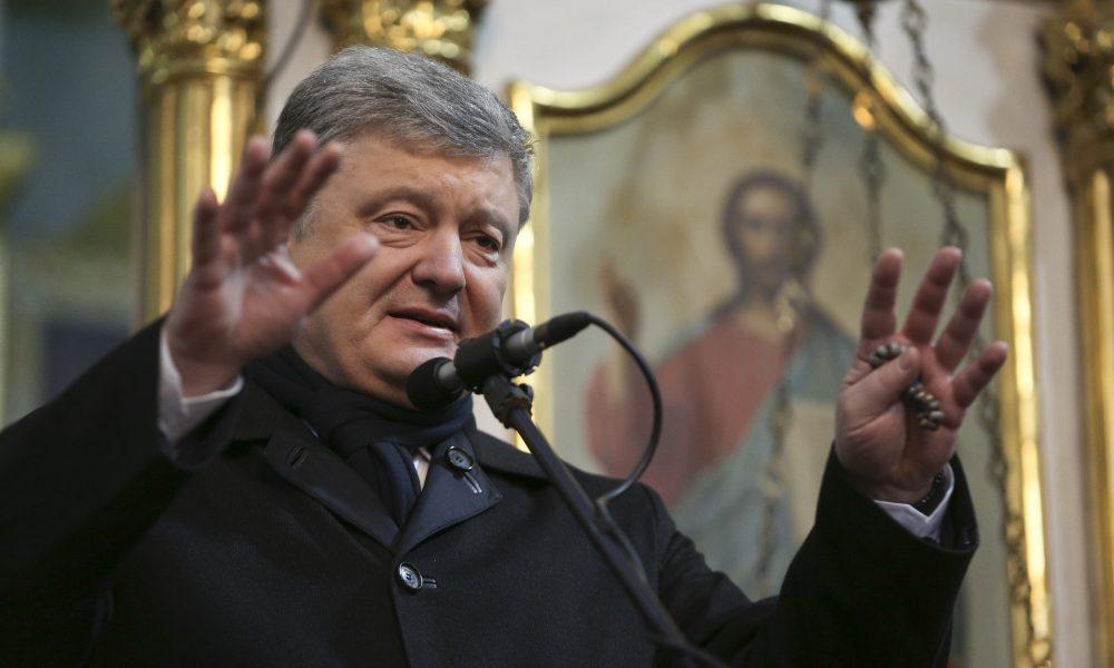 Вас Господь попустит! Порошенко дерзко ответил жителю на вопрос о коррупции