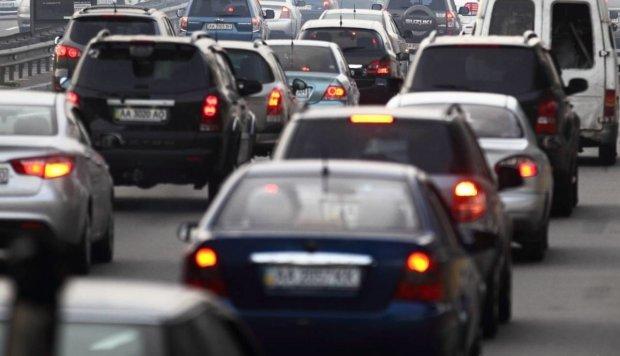 В Кабмине готовят новые сюрпризы для водителей: кому могут запретить садиться за руль