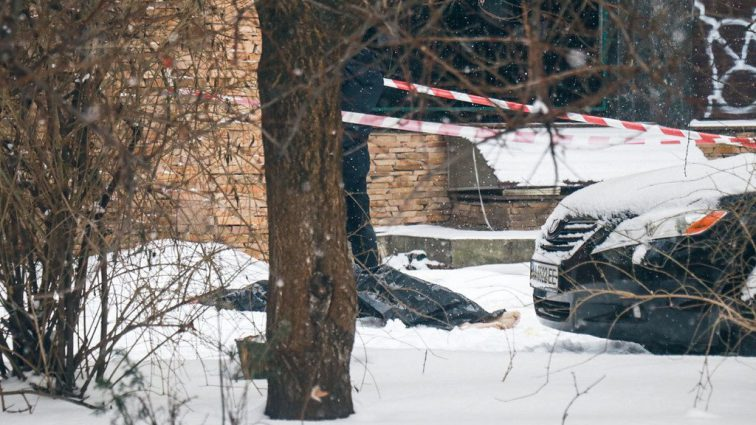 Его искали еще от Рождества: в центре Киева ребенок совершил самоубийство