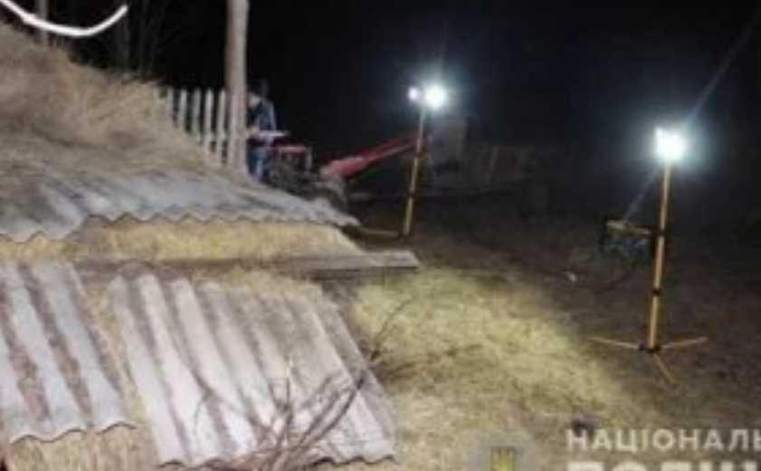 Тело нашел старший брат: В Одесской области во время игры трагически погиб первоклассник