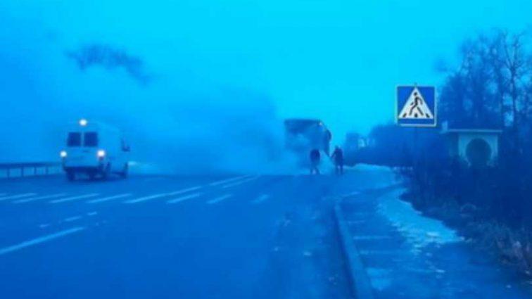Ехали из Польши: Под Житомиром загорелся пассажирский автобус, первые подробности