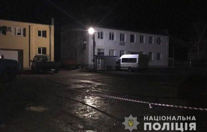 Тело нашли на стоянке: В Хмельницкой области 23-летняя девушка жестоко убила иностранца