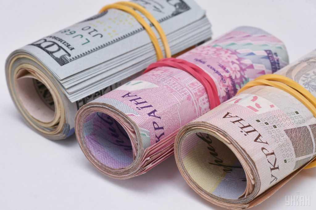 Украинцам раздадут деньги на коммуналку: кто получит, а кто останется ни с чем
