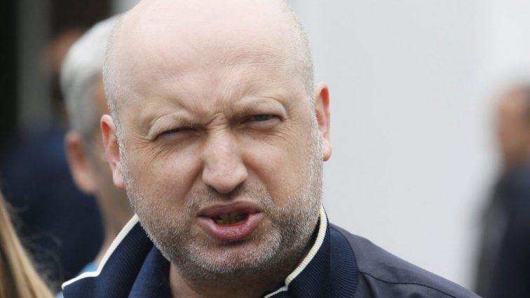 Турчинов обвинил Гриценко во лжи и трусости: он «позер»