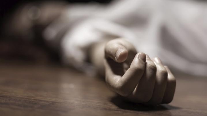 Бил пока тот не перестал дышать: В Винницкой области сын жестоко убил отца