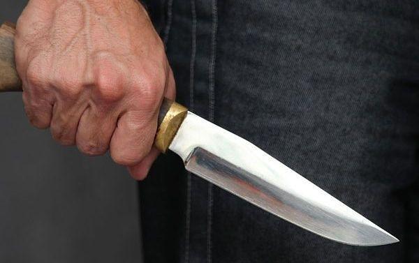 Двумя ударами ножом в грудь: На Франковщине отец жестоко убил сына