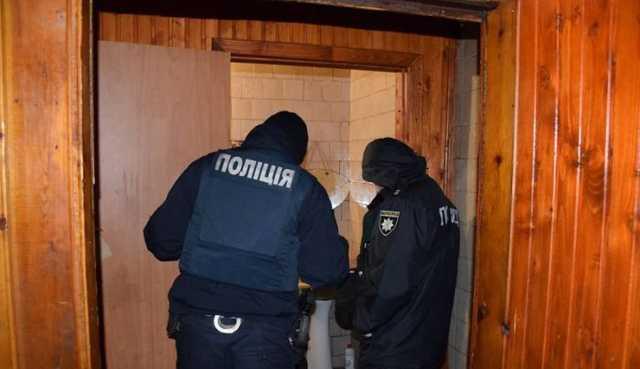 Выпил рюмку в кафе водки и умер в туалете: трагедия на Николаевщине поставила на уши весь район