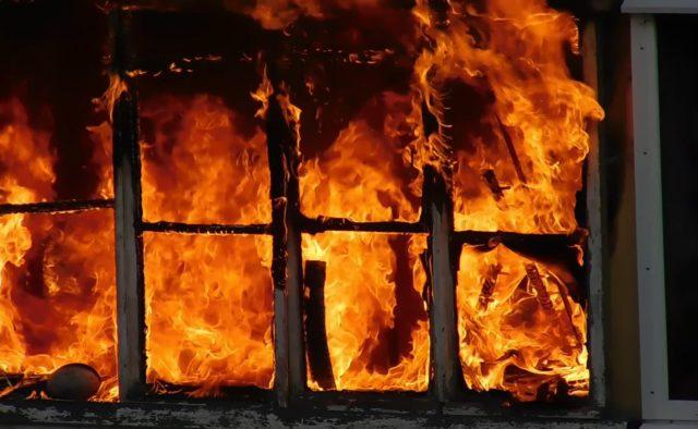 Мама и четверо детей сгорели заживо: Страшная трагедия подняла на уши весь район