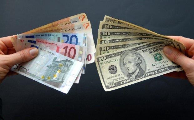 В Украине заработают новые правила обмена валюты и денежных переводов: что следует знать уже сегодня