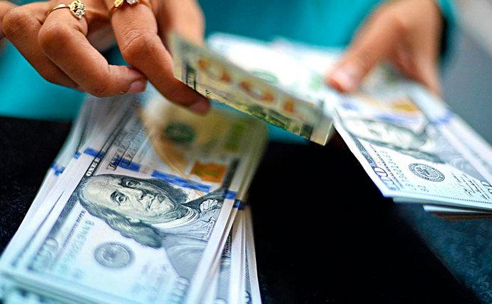 С сегодняшнего дня в Украине можно покупать валюту онлайн, узнайте подробности