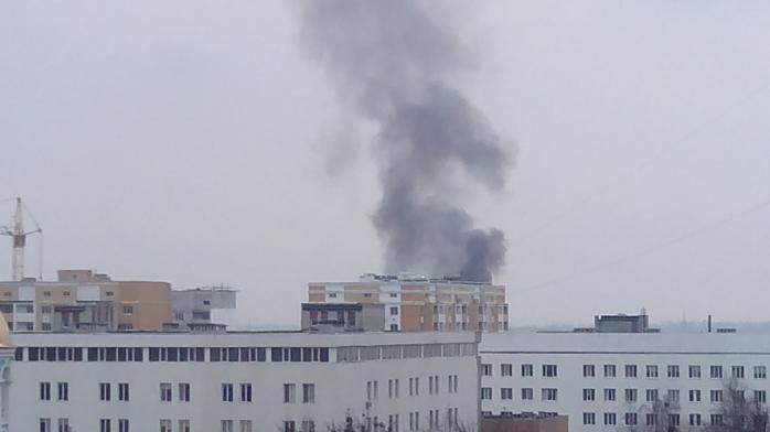 Киев в дыму: крупный пожар охватил многоэтажку