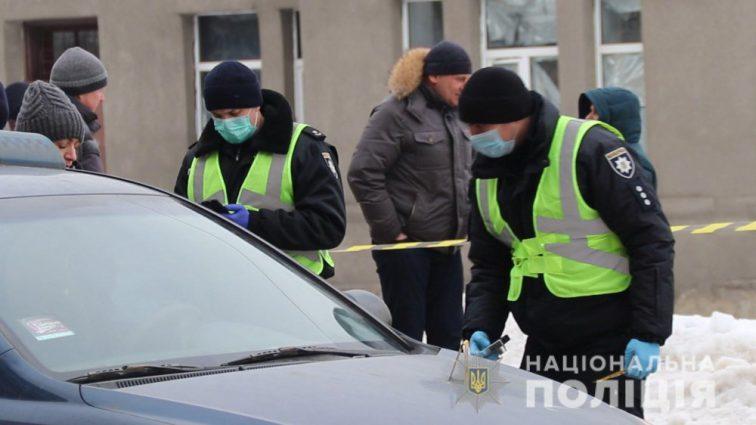 Перерезали горло прямо в такси: появились новые подробности инцидента