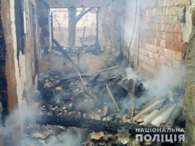Мать вышла за дровами: На Херсонщине трагически погибли двое детей