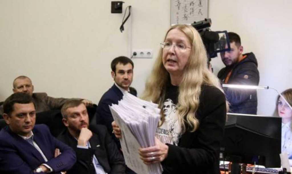 «Слишком много материалов дела»: Суд не смог оперативно принять решение об отстранении Супрун