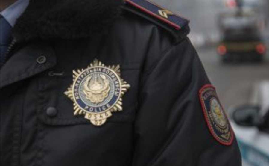«Ворвались неизвестные»: В Казахстане спецслужбы задержали украинских правозащитников