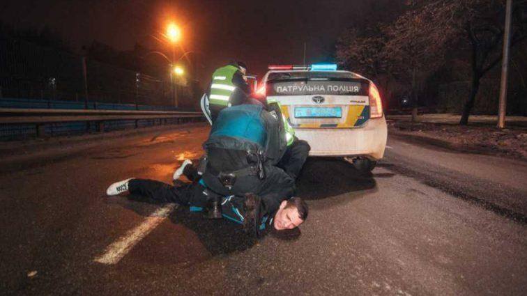 Угрожал изнасилованием: горе-водитель в нетрезвом состоянии устроил разборки с полицией